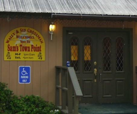 The Friendliest Little Bar in Texas